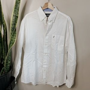 • NAUTICA • white classic fit button down shirt